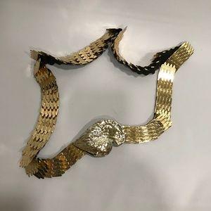 Vintage Gold Metal Scalloped Stretch Belt